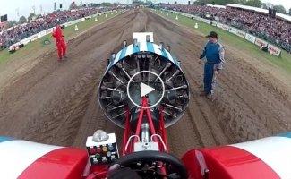 Подборка аварий и неудач с соревнования турбо тракторов