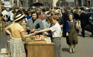 Уличная торговля в советской Москве на цветных фотографиях 1959 года (21фото)